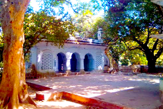 Dargah Bhure Khan Shaheed